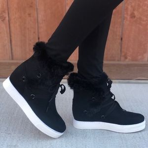 Black Stylish Lace Up Fur Wedge Sneakers